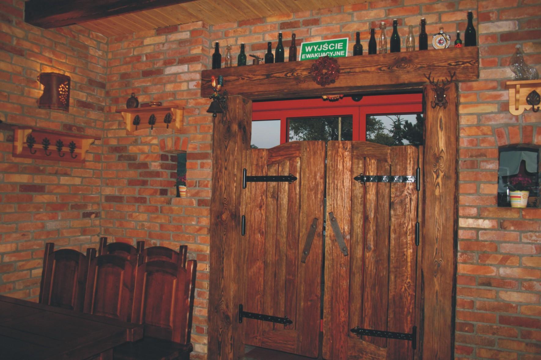 Aranżacja wnętrza - Pub Garaż Szczecin