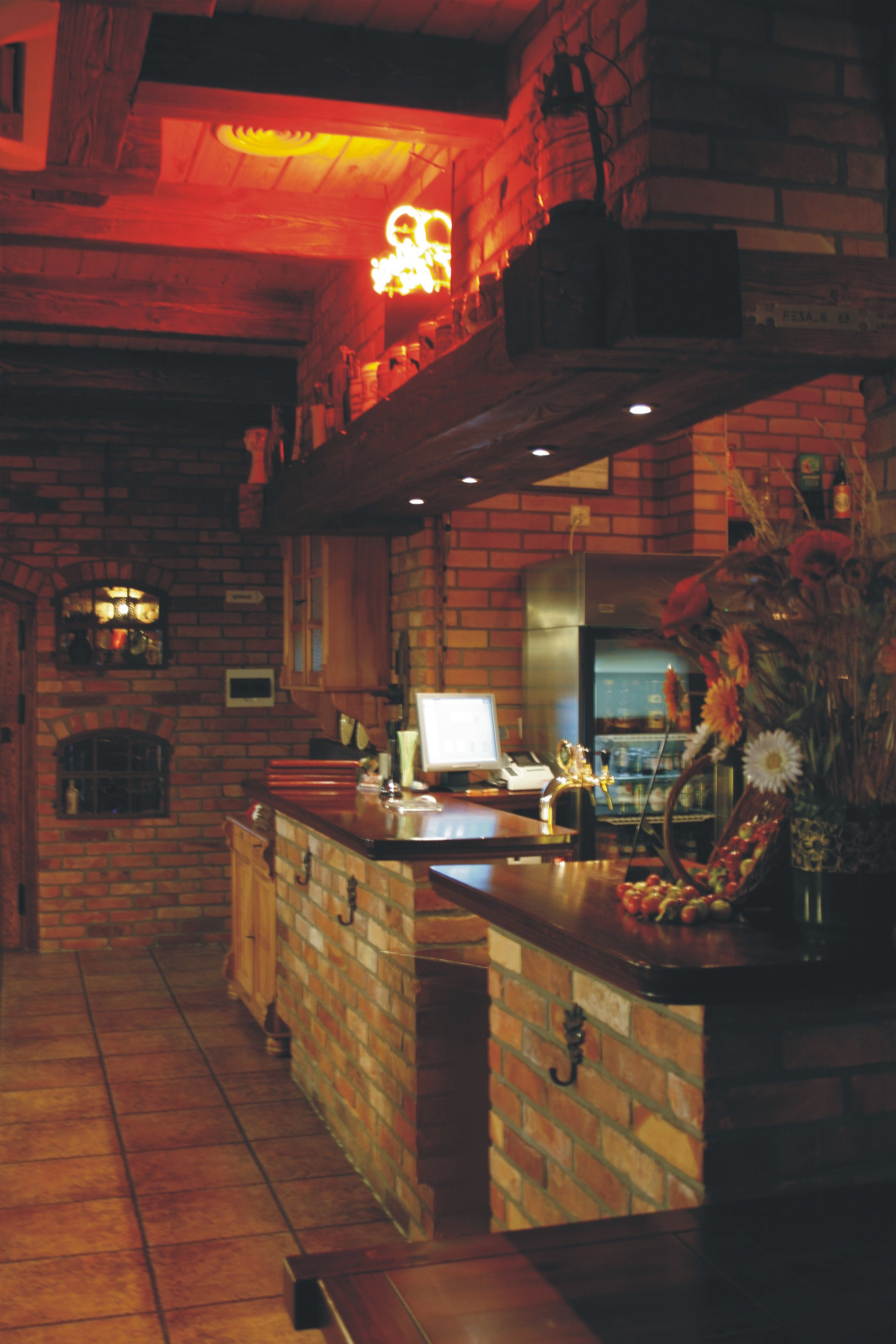 Aranżacja baru - pub Garaż Szczecin